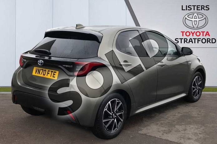 Image two of this 2020 Toyota Yaris Hatchback 1.5 Hybrid Design 5dr CVT in Green at Listers Toyota Stratford-upon-Avon