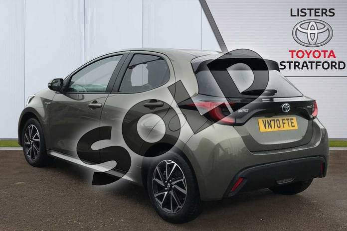 Image four of this 2020 Toyota Yaris Hatchback 1.5 Hybrid Design 5dr CVT in Green at Listers Toyota Stratford-upon-Avon