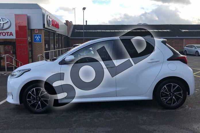 Image seventeen of this 2020 Toyota Yaris Hatchback 1.5 Hybrid Design 5dr CVT in White at Listers Toyota Coventry