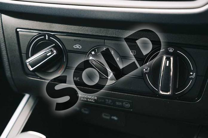 Image fourteen of this 2021 SEAT Arona Hatchback 1.0 TSI 110 SE Technology (EZ) 5dr DSG in White at Listers SEAT Coventry