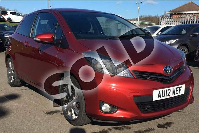 Picture of Toyota Yaris 1.33 VVT-i SR 3dr in Burning Red