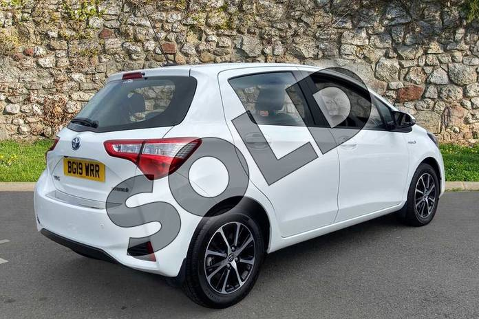 Image two of this 2019 Toyota Yaris Hatchback 1.5 Hybrid Icon Tech 5dr CVT in Pure white at Listers Toyota Coventry