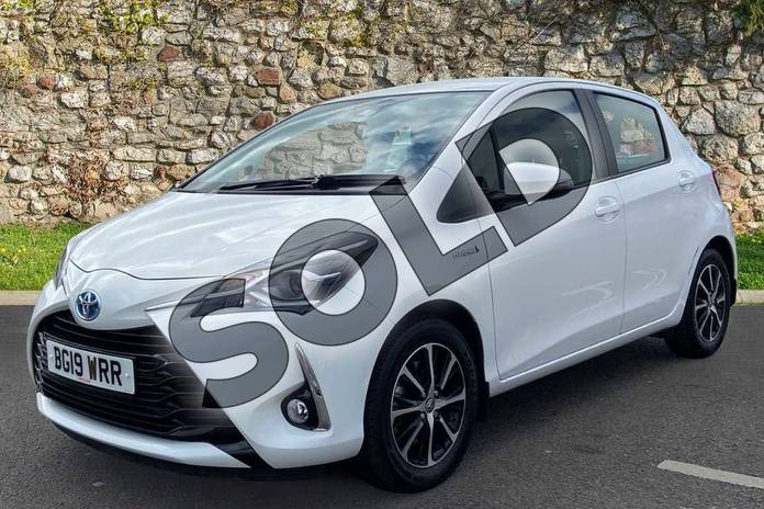 Image three of this 2019 Toyota Yaris Hatchback 1.5 Hybrid Icon Tech 5dr CVT in Pure white at Listers Toyota Coventry