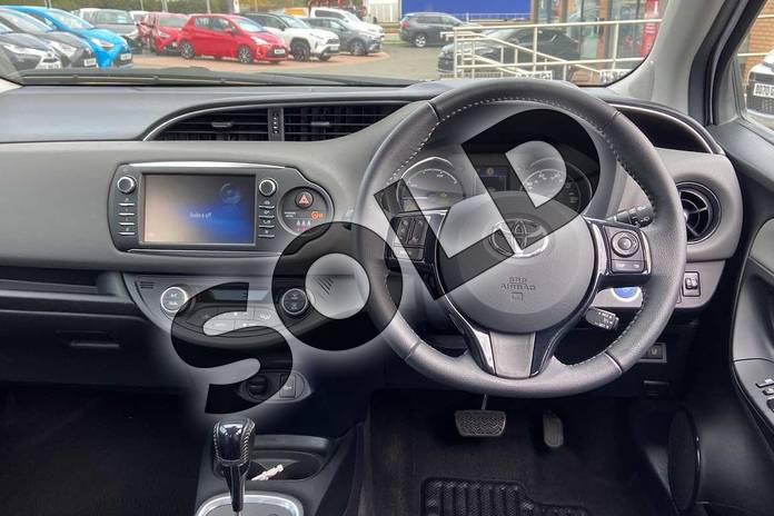 Image five of this 2019 Toyota Yaris Hatchback 1.5 Hybrid Icon Tech 5dr CVT in Pure white at Listers Toyota Coventry