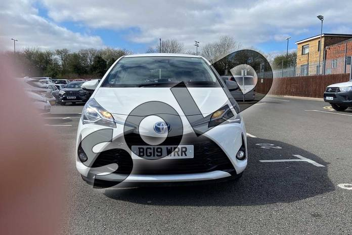Image fifteen of this 2019 Toyota Yaris Hatchback 1.5 Hybrid Icon Tech 5dr CVT in Pure white at Listers Toyota Coventry