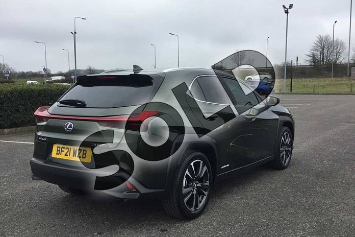 Image eighteen of this 2021 Lexus UX250h Takumi in Terrane Khaki at Lexus Coventry