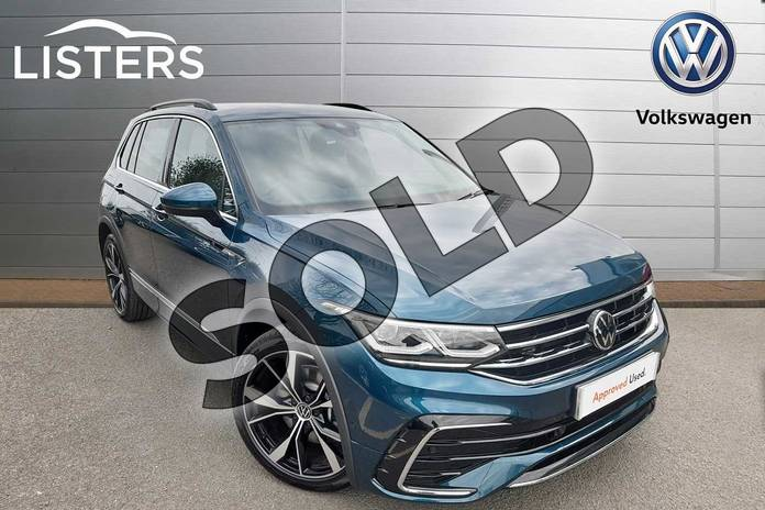Picture of Volkswagen Tiguan 2.0 TDI 200 4Motion R-Line 5dr DSG in Nightshade Blue