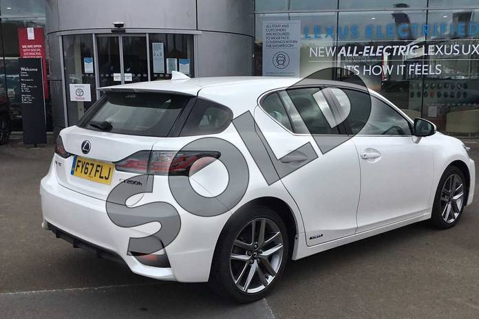 Image eighteen of this 2017 Lexus CT Hatchback 200h 1.8 Executive Edition 5dr CVT Auto in Sonic White at Lexus Lincoln