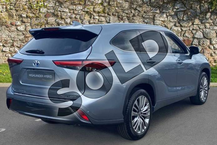 Image two of this 2021 Toyota Highlander Estate 2.5 VVT-i Hybrid Excel 5dr CVT in Silver at Listers Toyota Coventry