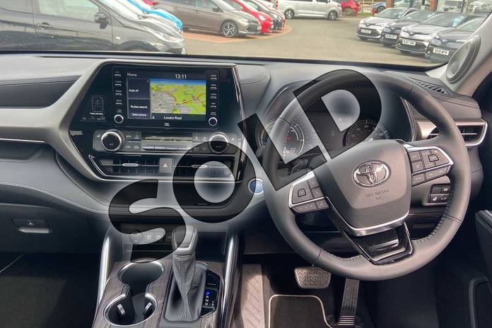 Image five of this 2021 Toyota Highlander Estate 2.5 VVT-i Hybrid Excel 5dr CVT in Silver at Listers Toyota Coventry