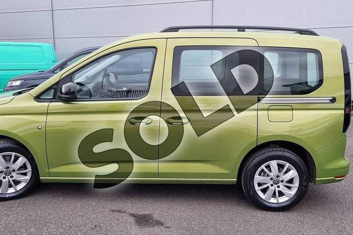 Image seven of this 2021 Volkswagen Caddy Diesel Estate 2.0 TDI 122 Life 5dr DSG in Golden Green at Listers Volkswagen Van Centre Worcestershire