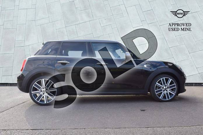 Image three of this 2021 MINI Hatchback 1.5 Cooper Exclusive II 5dr in Midnight Black at Listers Boston (MINI)