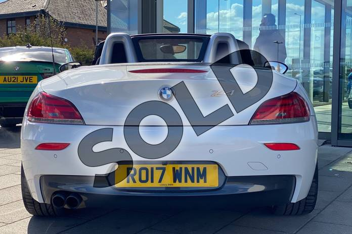 Image four of this 2017 BMW Z4 Series Z4 sDrive20i M Sport Roadster in Alpine White at Listers King's Lynn (BMW)