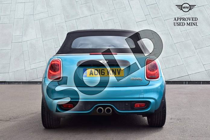 Image fifteen of this 2016 MINI Convertible Cooper S  in Caribbean Aqua at Listers Boston (MINI)