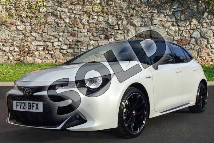 Image three of this 2021 Toyota Corolla Hatchback 1.8 VVT-i Hybrid GR Sport 5dr CVT in Bi-Tone Glacier Pearl White at Listers Toyota Grantham