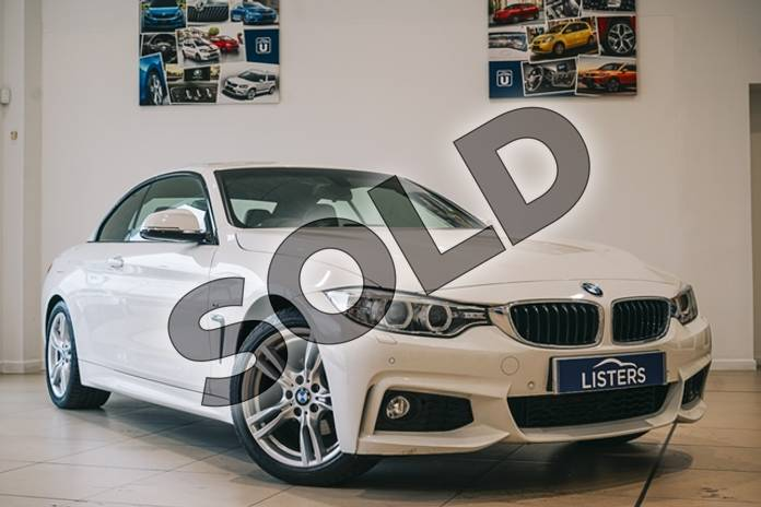 Picture of BMW 4 Series 420i M Sport 2dr in Solid - Alpine white