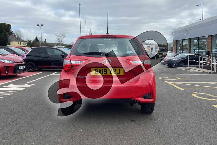 Image nineteen of this 2019 Toyota Yaris Hatchback 1.5 VVT-i Icon Tech 5dr in Chilli Red at Listers Toyota Coventry