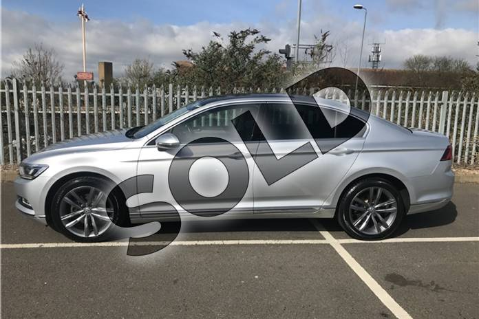 Image five of this 2018 Volkswagen Passat Diesel Saloon 2.0 TDI GT 4dr (Panoramic Roof) in Metallic - Reflex silver at Listers Toyota Stratford-upon-Avon