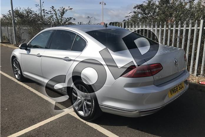 Image six of this 2018 Volkswagen Passat Diesel Saloon 2.0 TDI GT 4dr (Panoramic Roof) in Metallic - Reflex silver at Listers Toyota Stratford-upon-Avon